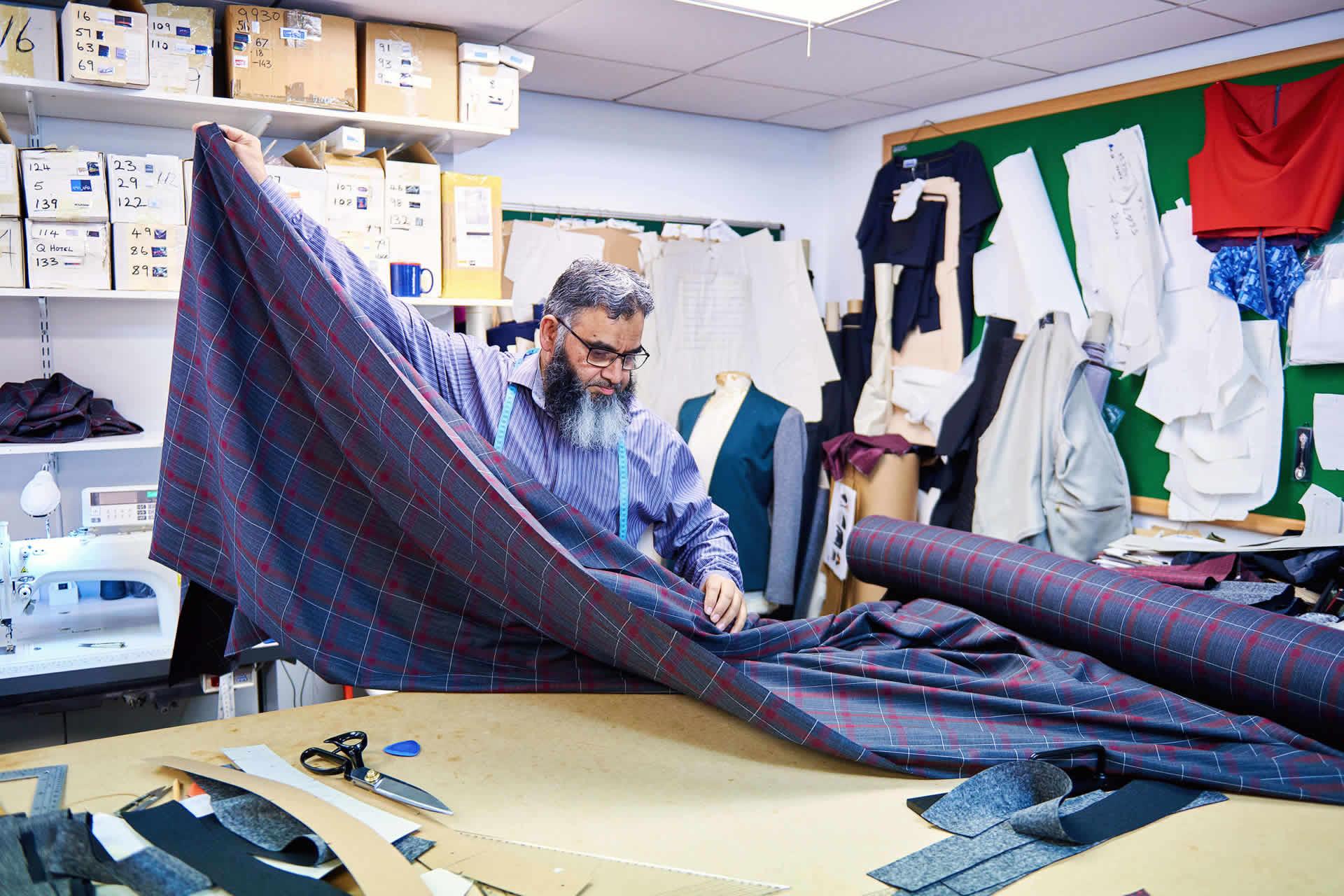 Incorporating diversity in your uniform design